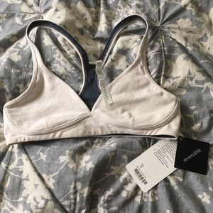 Lululemon stretch and asana sports bra size 10